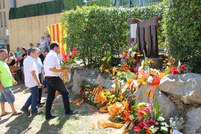 Ofrena floral de les entitats del poble