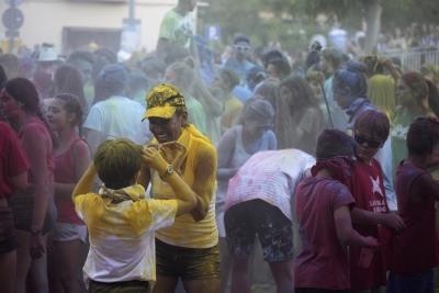 Holy party, la festa dels colors