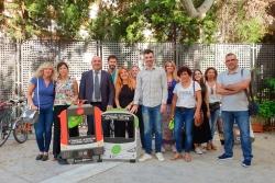 Representants polítics i tècnics dels ajuntaments de la Vall del Tenes a la seva arribada a Barcelona